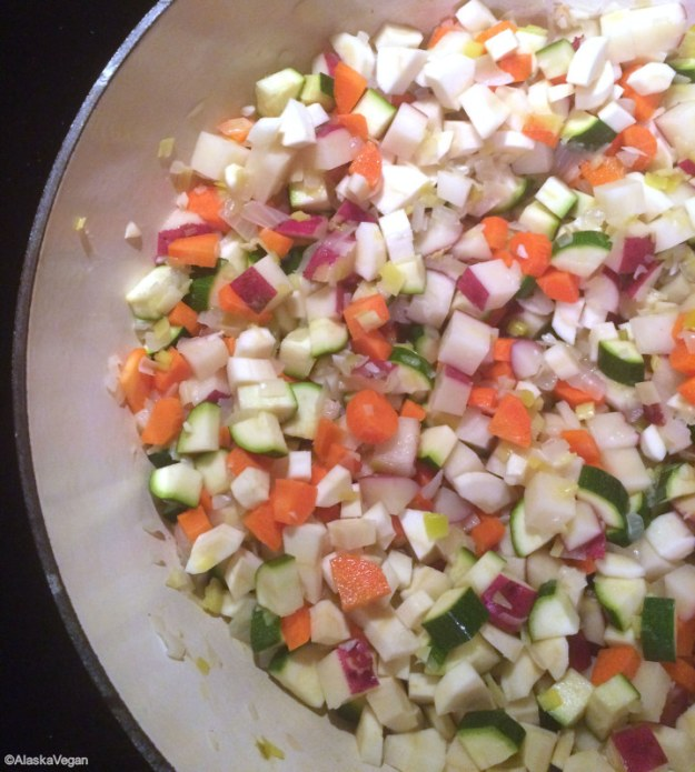 Hearty_Vegetable_Soup_600w